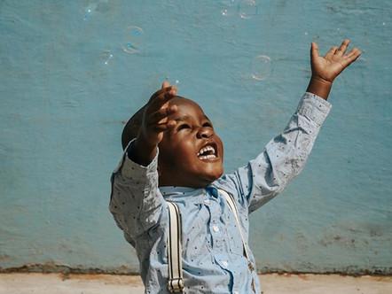 Sécurité de l'orphelinat Sanyu,  en Ouganda
