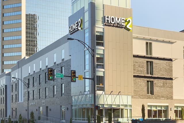 Home2 Suites - Downtown Greenville