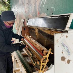 Jane piano artist and expert dismantler!