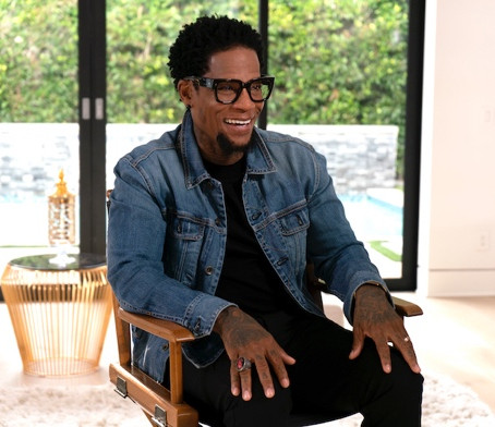 """DL Hughley Opens Up About His Father's Death & More on """"UNCENSORED"""" on TV One"""