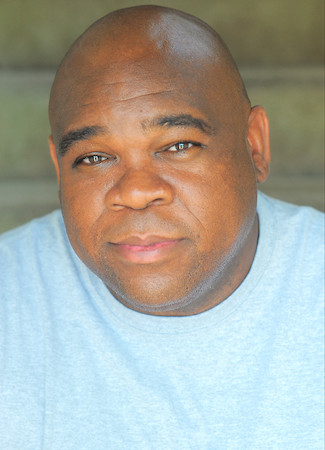 Leonard Earl Howze Talks Longetivity in Hollywood, Kevin Can Wait and more
