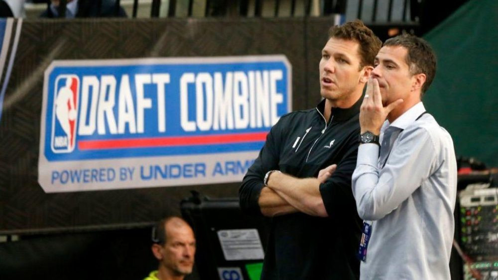 Lakers coach Luke Walton and general manager Rob Pelinka