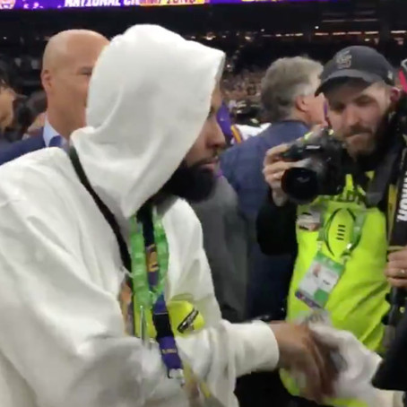 Security Guard Files Complaint For Odell