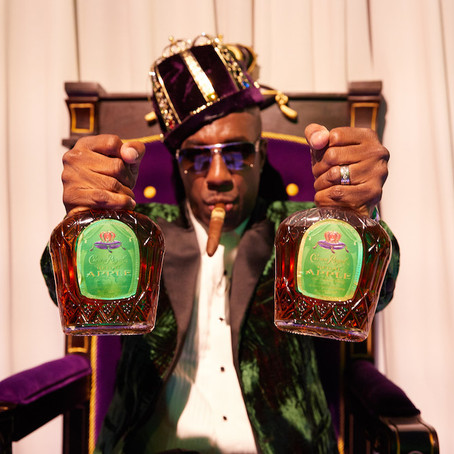 """JB Smoove Stars in the """"Crown Royal Regal Apple: The Musical"""""""