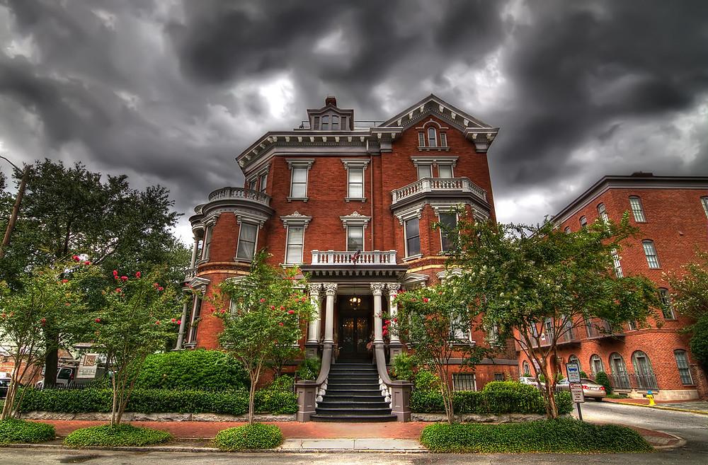 Modern image of The Kehoe House, Savannah, GA.
