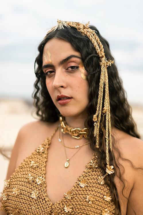 Diadema goddess wears