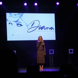 BW Diana.jpg