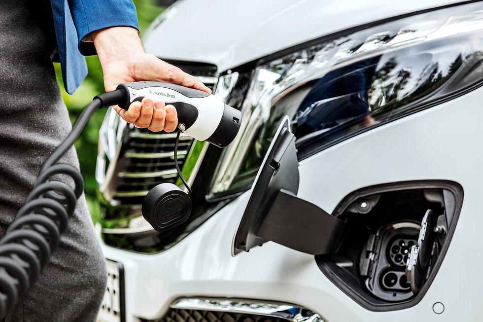 mercedes electric hybrid car