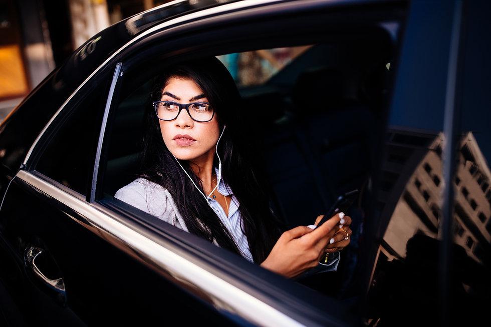 Blckwing 24 hour premium chuffeured car service