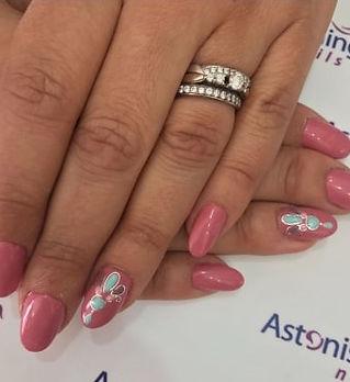 nails pink.jpg