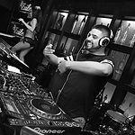 DJ Carlitos.jpg