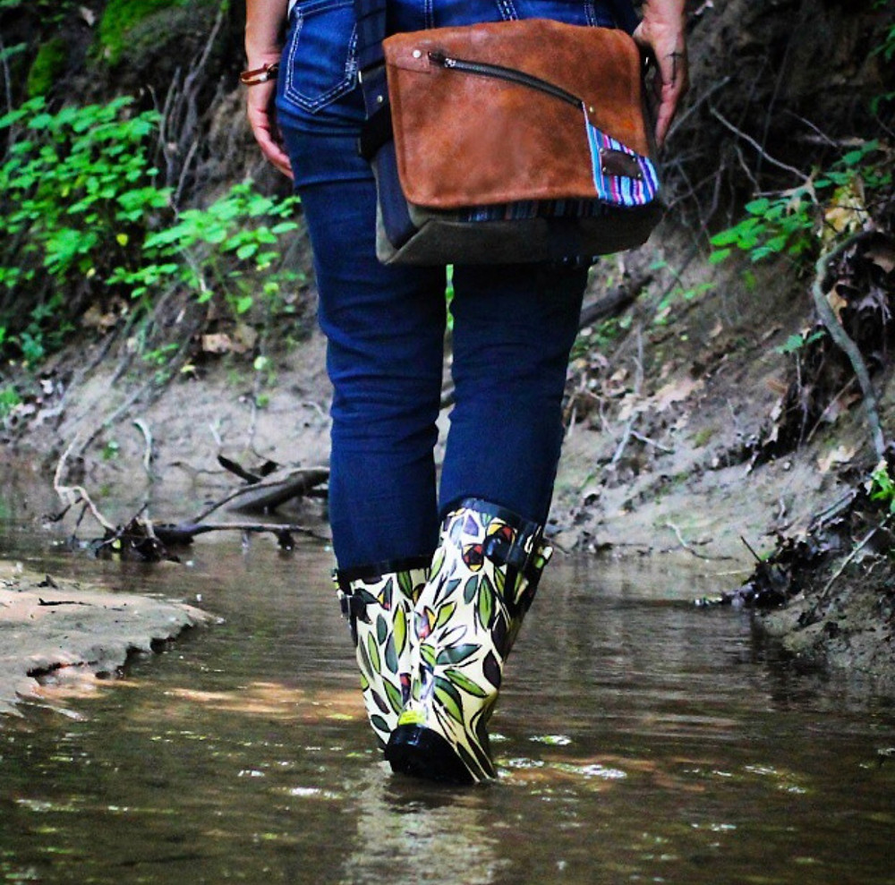 Porteen Gear, Leather, handmade, bag, fashion, Natalie Lopez, Natalie Lopez Photography, Holiday Gift ideas, nature, hike, adventure hike, adventure