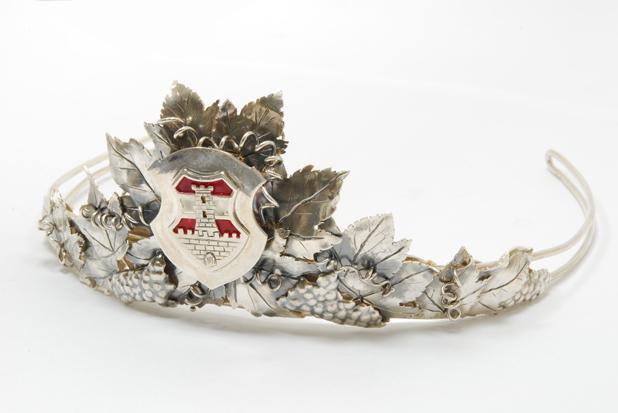 Winzerkönigin Krone