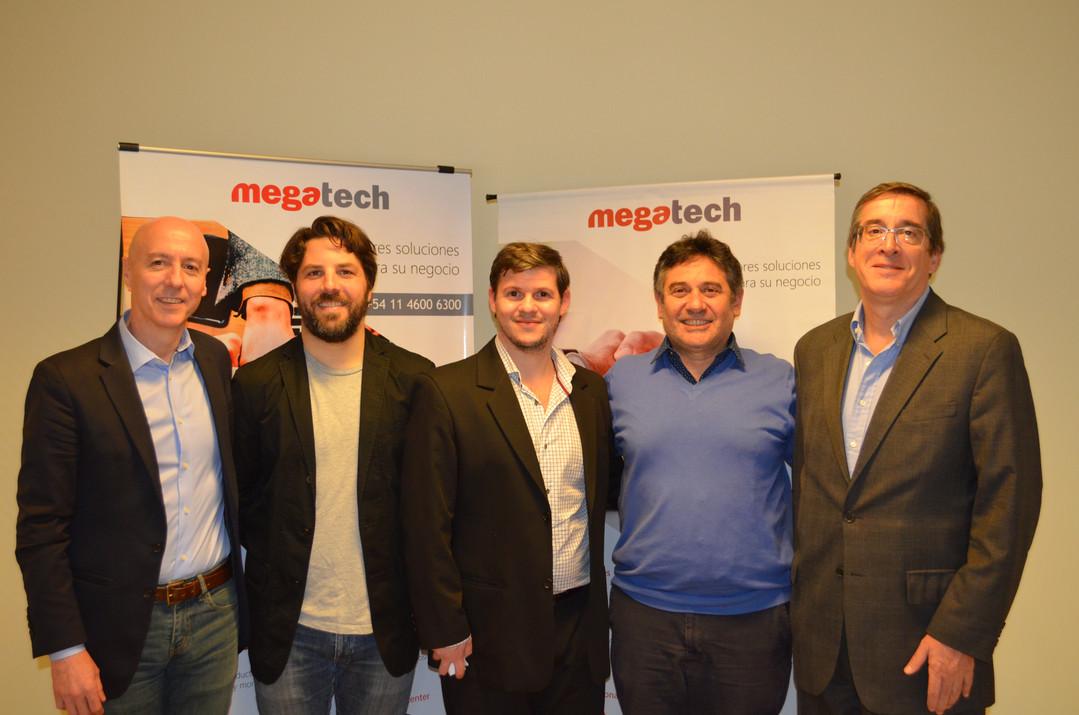 Guillermo Morro, Fernando Fernández, Nicolas Pita, Guillermo Blauzwirn y Hector Lew, jurados en el hackathon de Megatech.