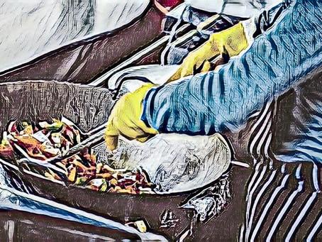 חומרי גלם - רוטב דגים ורוטב צדפות.