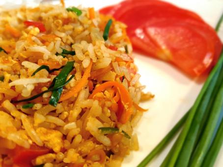אורז מוקפץ עם ירקות (KHAO PAD)