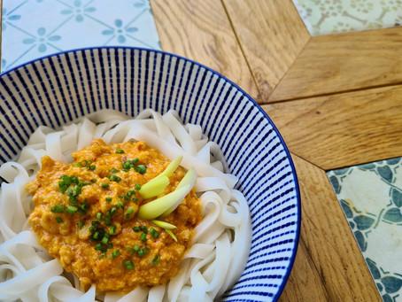 אטריות אורז בקרם קוקוס