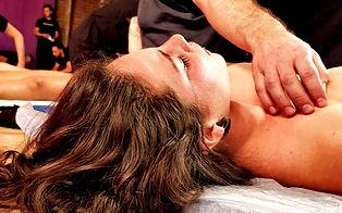 Massagem Tântrica Aos Caminhos.jpg