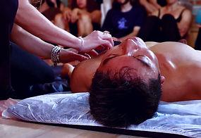 Massagem%20T%C3%A2ntrica%20Aos%20Caminho