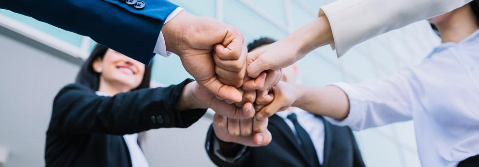 Velamos por mantener y fortalecer vínculos laborales íntegros ,basados en la confianza y el respeto.
