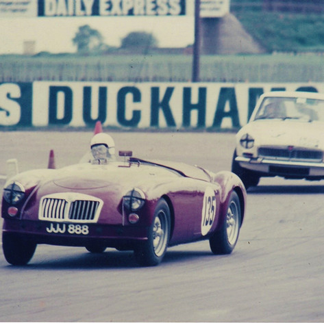Race Day - Rob at #Silverstone #MGCC late 1960's JJJ888