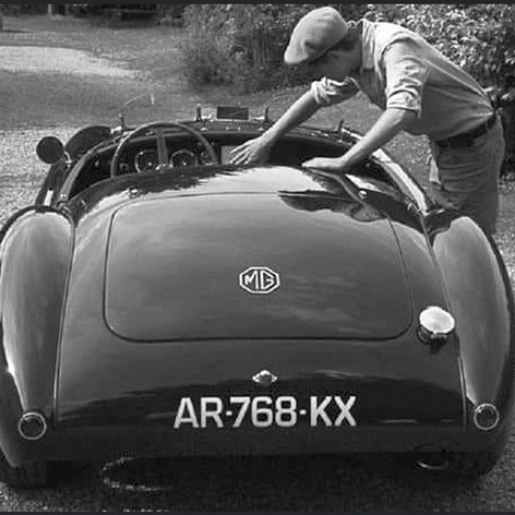 AR768KX - MGA Racer, date unknown