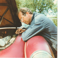 Twin Cam Tinkering - East Bergholt Mid 1980s