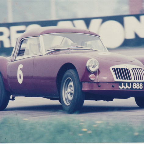 Race Day - Rob Davis at #Silverstone #MGCC late 1960's JJJ888