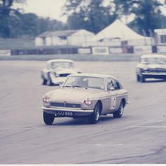 Car race number 77 - JJJ888 MGBGT V8, Silverstone