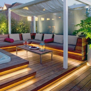 led-lighting-deck-backyard-ideas.jpg