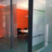 Plexiglasschild Digitaldruck mit Konturfräsung