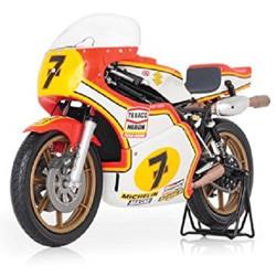 Barry Sheene 1976 RG500