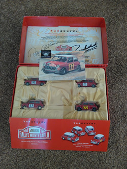 SIGNED Lledo Monte Carlo Rally Set