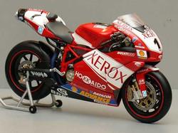 Toseland 2005 Minichamps Ducati