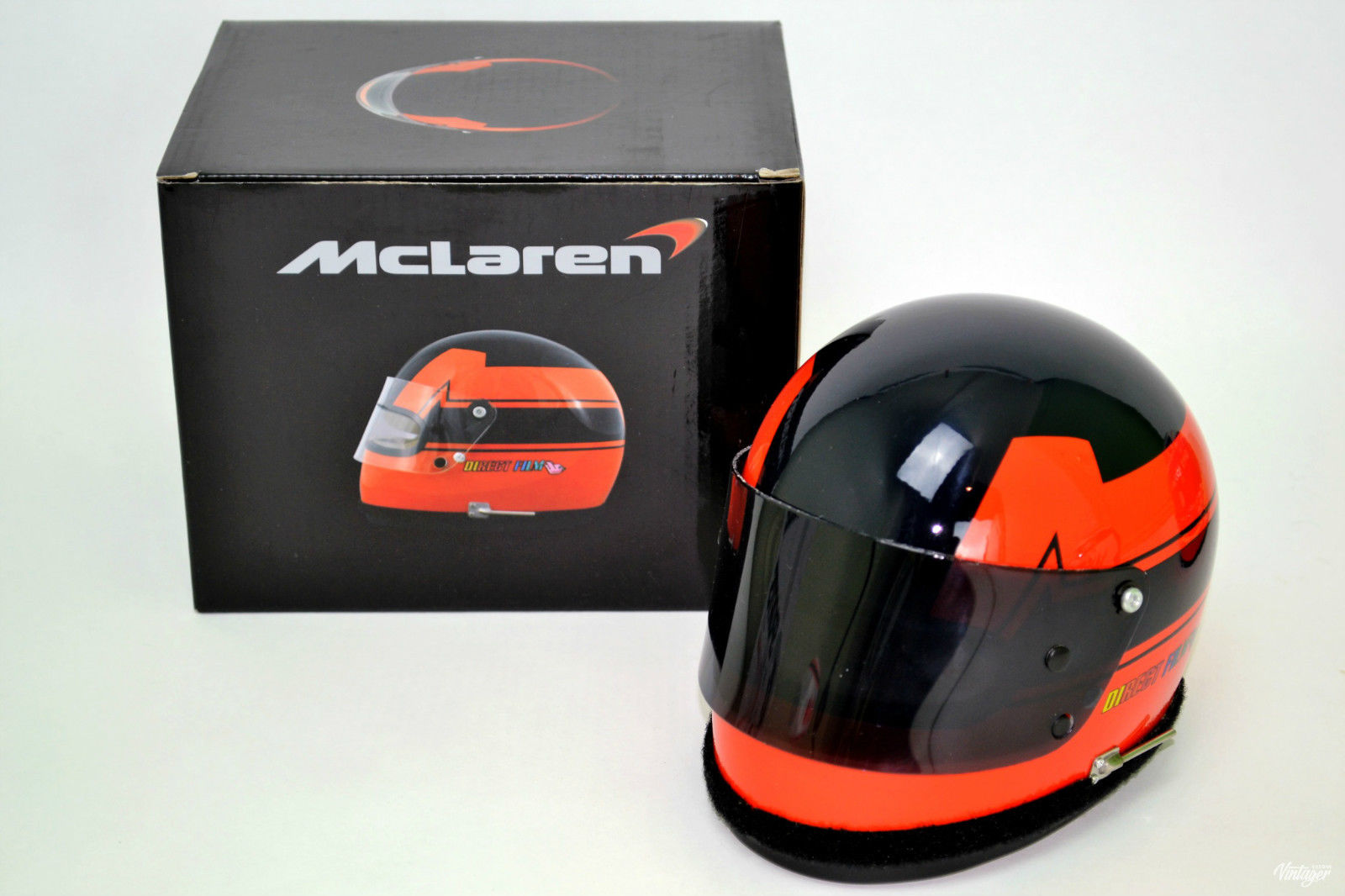 G.Villeneuve '77 British GP Helmet