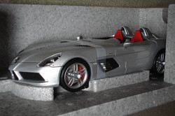 Stirling Moss Signed Minichamps SLR