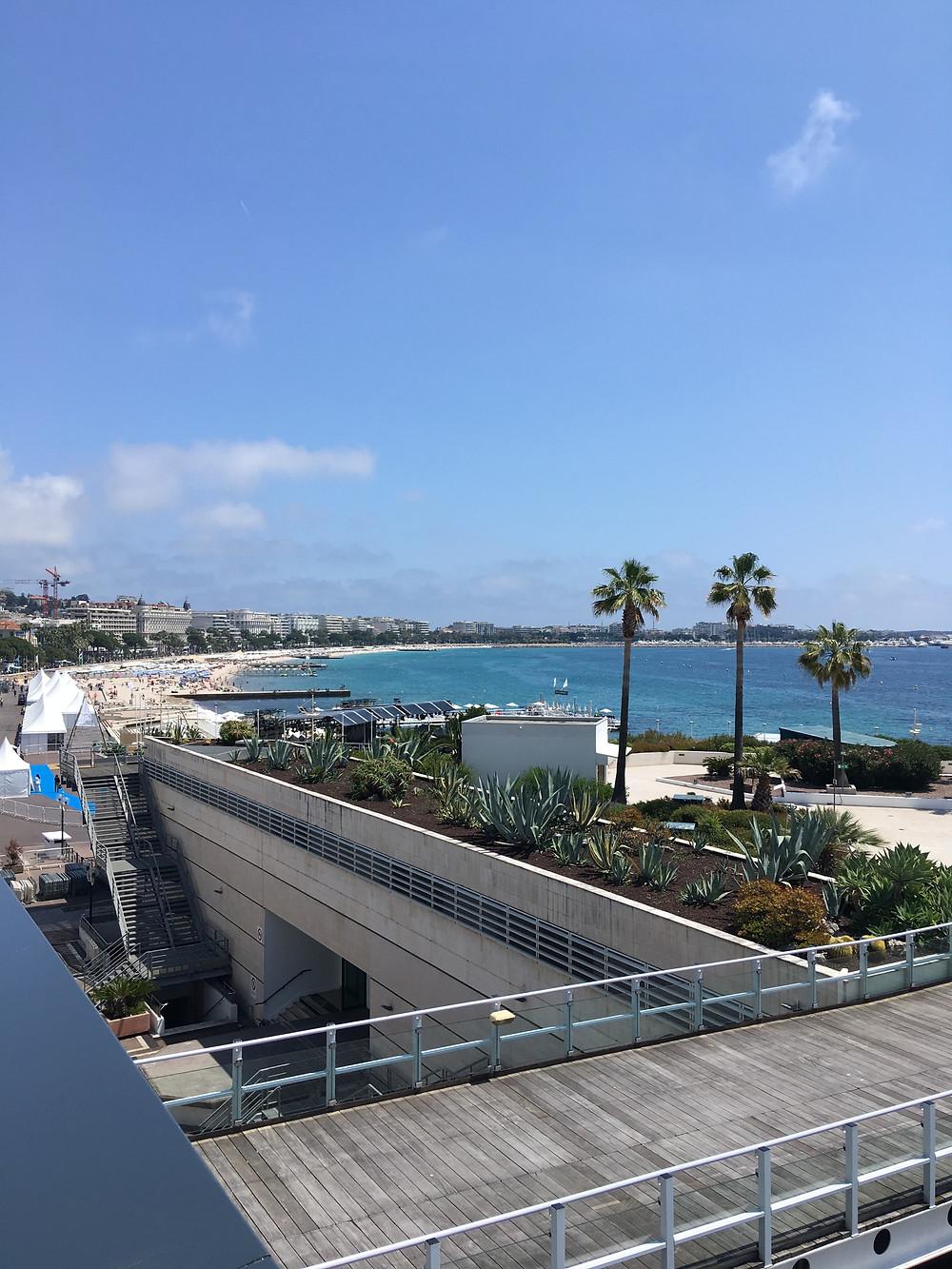vue sur Midem Beach