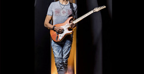 Greg Howe Signs With Guitar One!!