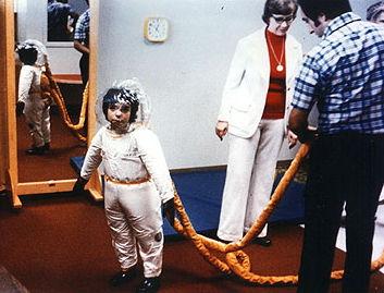 David_Vetter's_spacesuit.jpg