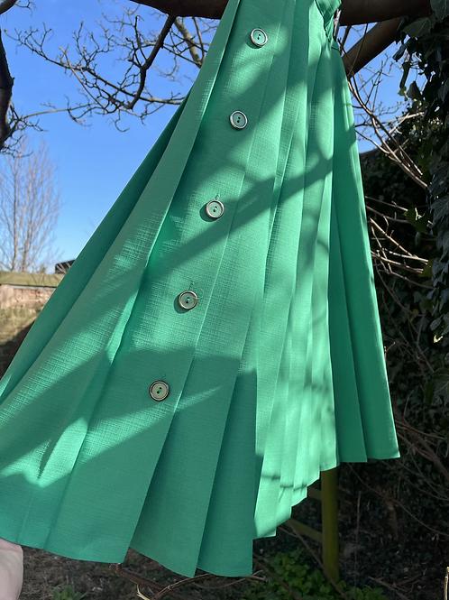 St Michaels Green Pleat Skirt Size 12