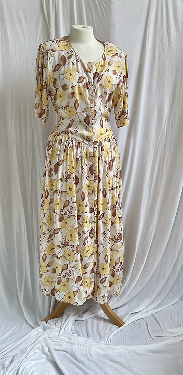 Vanilla Florals Dress Size 8-12