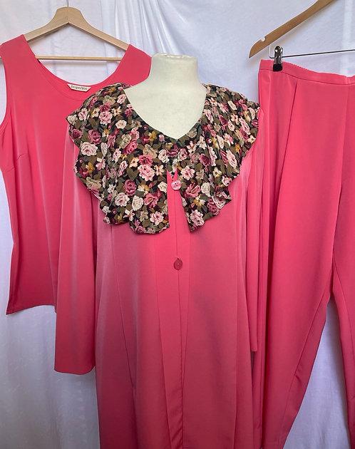 Jacques Vert Coral 3 Piece Suit Size 16