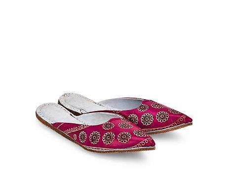Batik Floral Leather Mojri