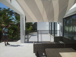 Contemporary Pool Safety Fencing