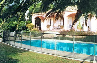 Removable Pool fences for holiday villa rental Spain
