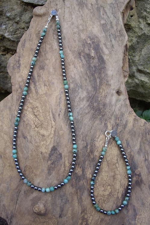 Hématite - Turquoise africaine 4 mm -Parure
