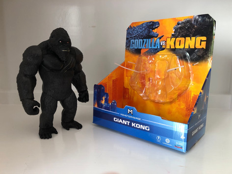 """Review: PlayMates Toys 11"""" Giant Kong"""