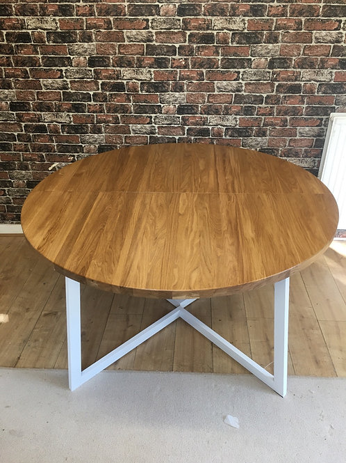 1.4m - 1.65m Circular Extendable solid Oak Table
