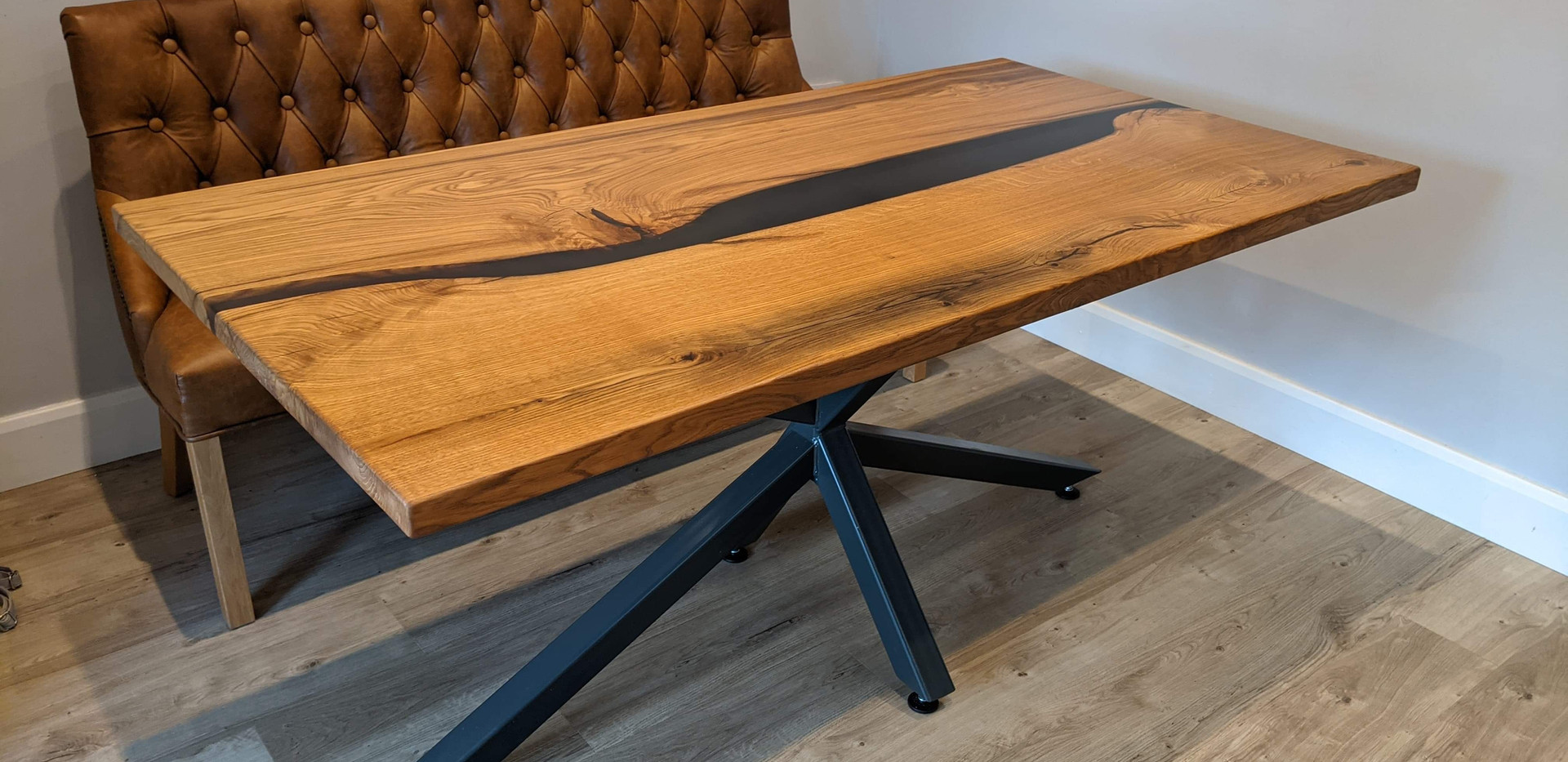 Oak River Dining Table