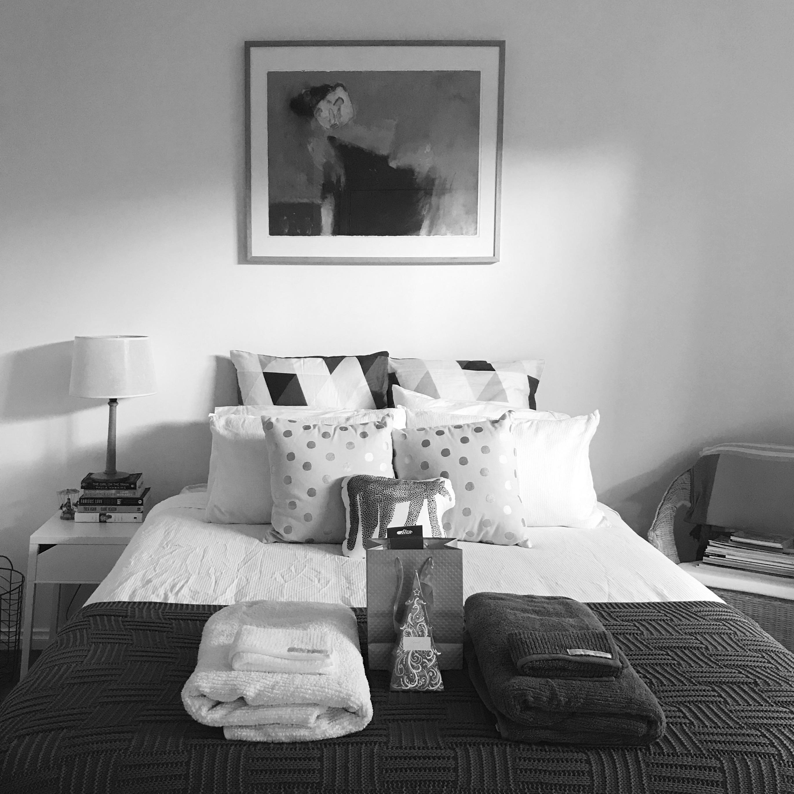 354. 20 DEC 17-Guest room, waiting for guests_insta.JPG